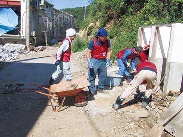岩手県大船渡市での大震災救援ボランティア活動